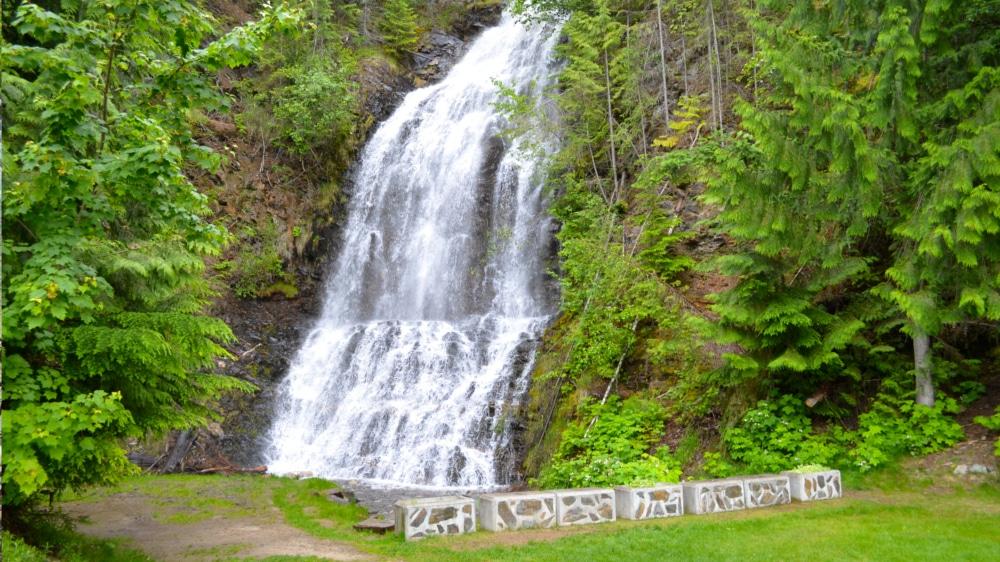 Kootenay Hot Spring Cabins - Nakusp & Halcyon BC - Ione Falls