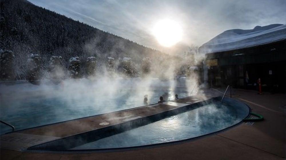 Kootenay Hot Spring Cabins - Nakusp & Halcyon BC - Nakusp Hot Springs