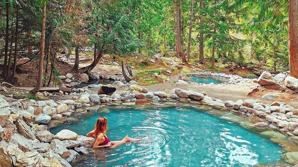 Private Hot Springs BC - Halcyon BC - Infinity Pool Cabins - Halfway Hot Springs